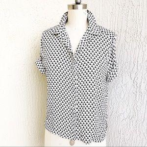 H&M White And Black Print Retro Button Up!